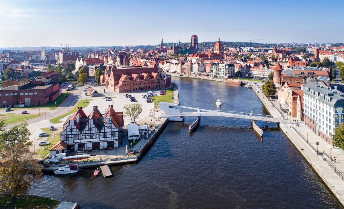Jaki jest koszt wynajmu miejsca parkingowego w biurze w Gdańsku
