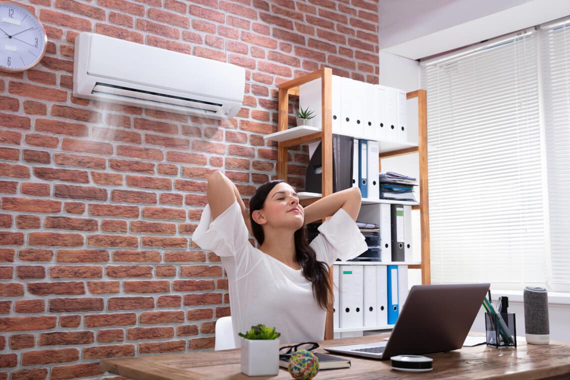Klimatyzacja w biurze – jak wybrać odpowiednią?