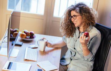 Owoce w biurze – dlaczego warto o nich pamiętać?
