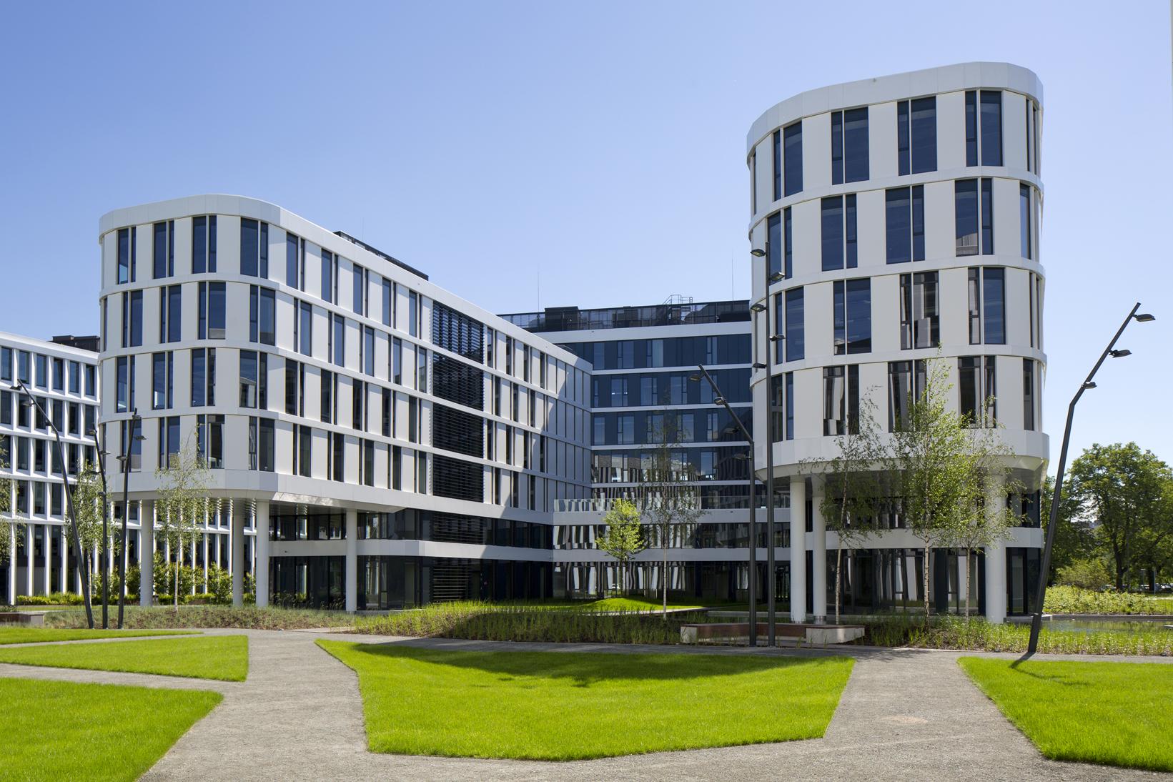 Biurowiec BUSINESS GARDEN II Faza | InnOffice | COWORKING