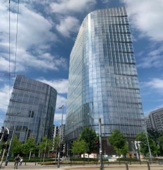 Biurowiec MENNICA LEGACY TOWER | PODNAJEM
