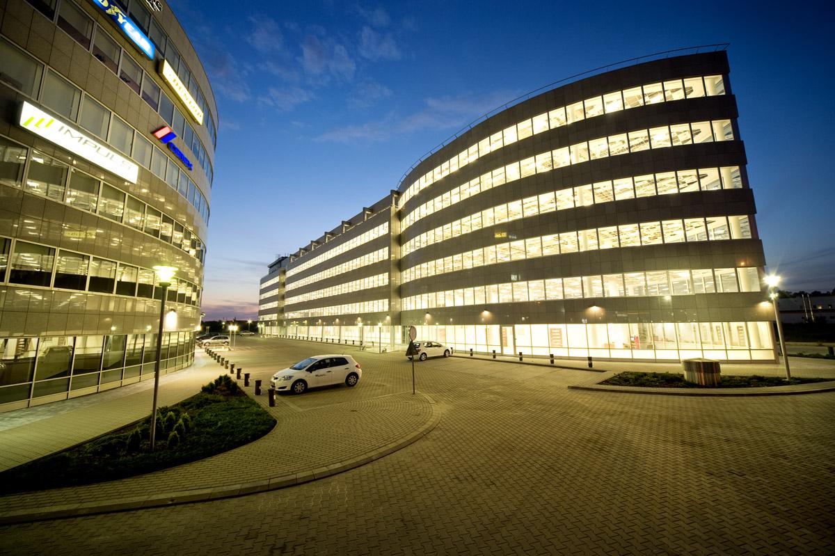 BATORY OFFICE BUILDING I - zdjęcie 2