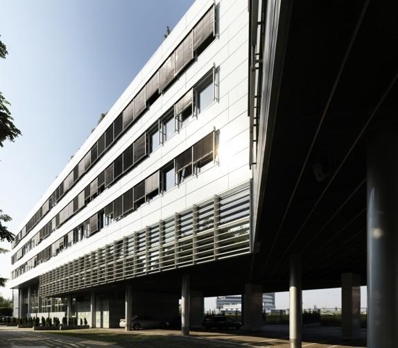 TAIFUN OFFICE BUILDING - zdjęcie 2