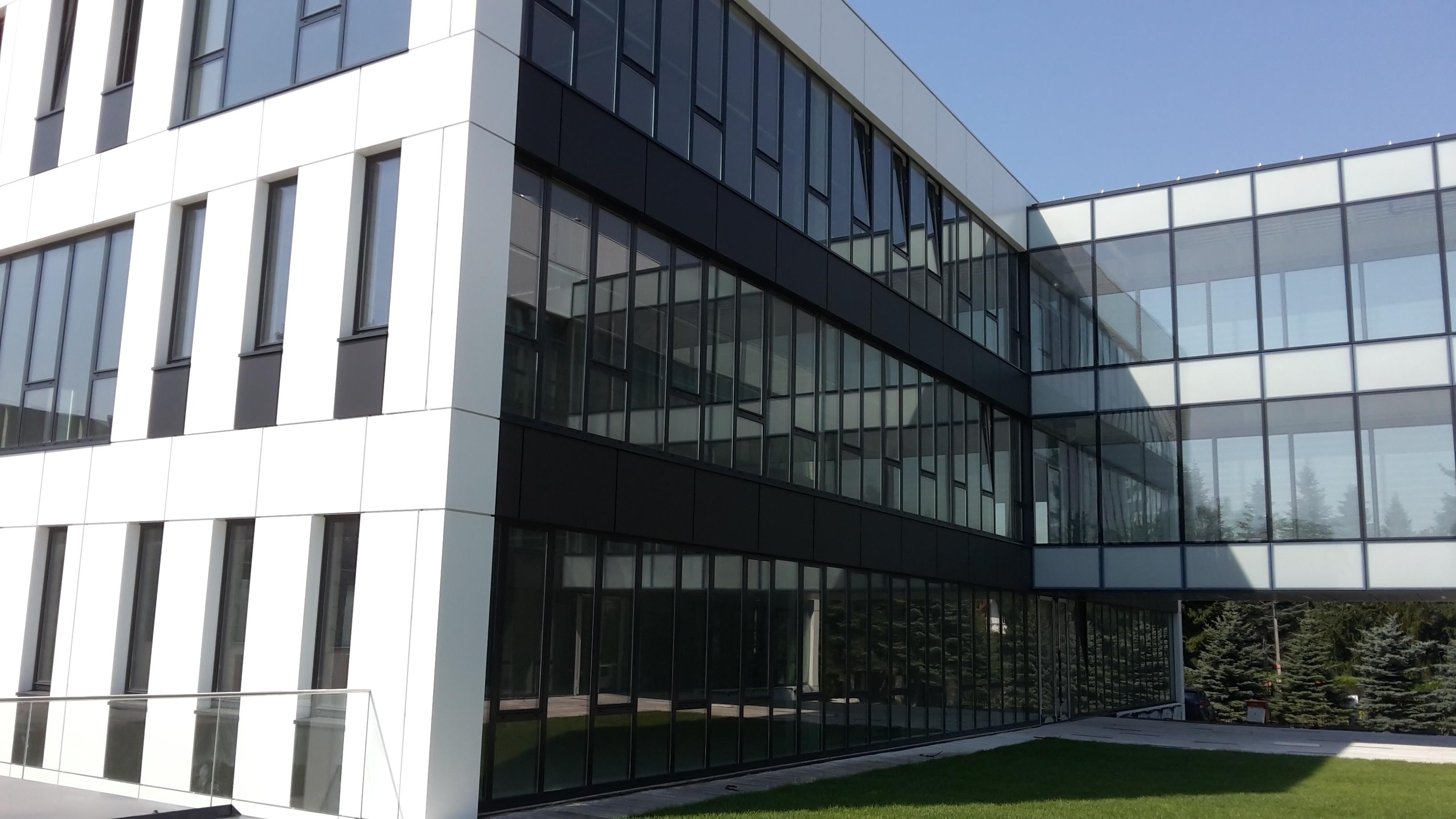 Biurowiec TANECZNA OFFICE PARK BUD. A|B|C