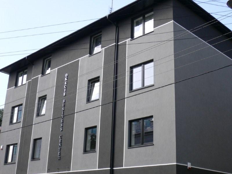 Biurowiec OKĘCIE BUSINESS CENTER