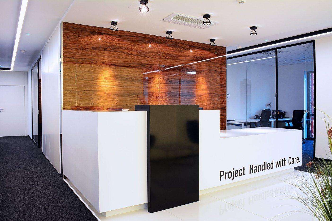 PORTICO OFFICE BUILDING - zdjęcie 2